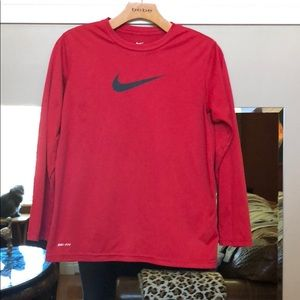 Boys' size L Nike Dri-Fit long sleeve T🙅🏻♂️